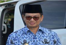 Gubernur Kalimantan Utara Dr H Irianto Lambrie