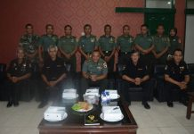 komandan Korem 084/BJ Kolonel Kav M.Zulkifli bersama ketua SETKOM Bpk Chudori.