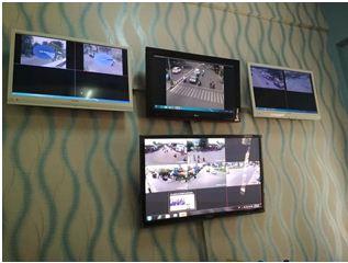 monitor pengawas lalin yang berada di kantor Dishub